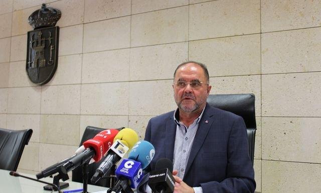 "The mayor denounces a ""strangulation strategy"" to the municipal government, Foto 2"