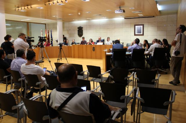 The Plenary approves initially the general budget of the City Council and municipal societies for the year 2019 amounting to 32.2 million euros, Foto 5