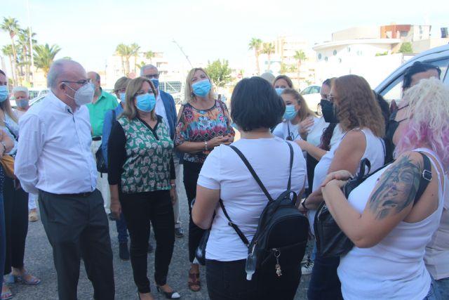 Alumnos del programa de hostelería de Cáritas en Cartagena visitan la Lonja y el Museo del Mar - 1, Foto 1