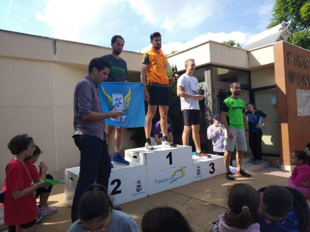 El CAT participa en la Media Marat�n de Valencia y en los 10Km de Santomera, donde obtiene un podium, Foto 7