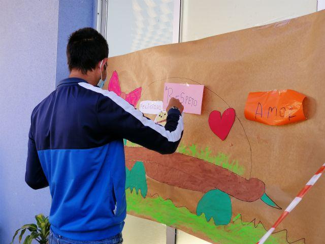 El centro de día de personas con discapacidad organiza actividades conmemorando el día contra la violencia de género - 5, Foto 5