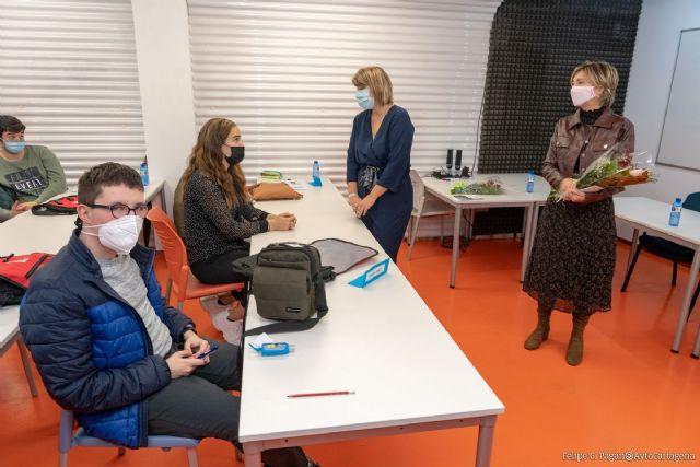 Autismo Somos Todos cuenta con la colaboración del Ayuntamiento en la formación de auxiliares de Turismo - 1, Foto 1