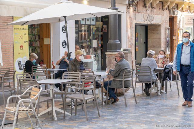La Policía Local intensificará los controles para garantizar el uso correcto de las mascarillas en espacios públicos y terrazas - 1, Foto 1