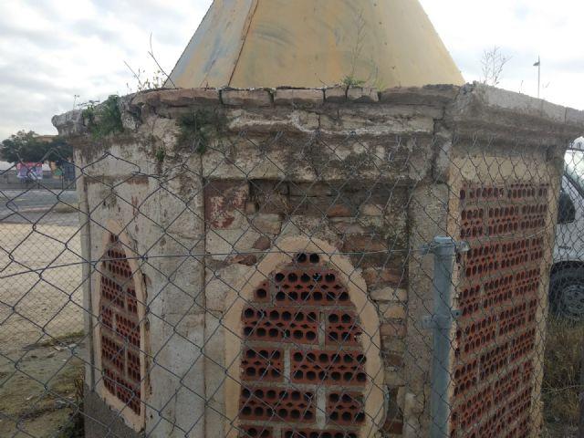 Cambiemos Murcia denuncia el estado de abandono del pozo artesiano de Zarandona - 4, Foto 4