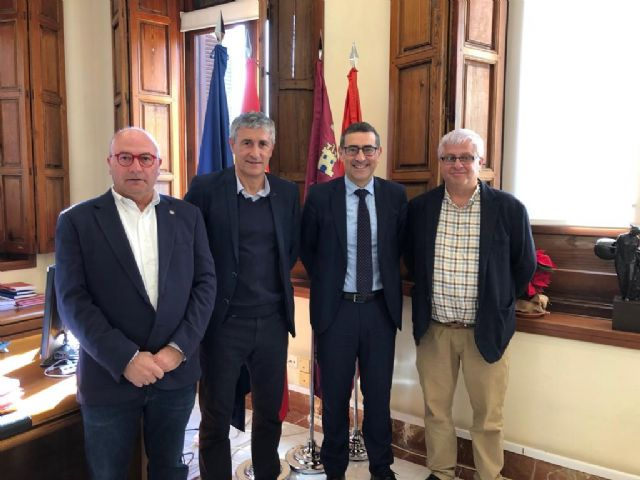Quique Setién, entrenador del Betis, visita la Universidad de Murcia - 1, Foto 1