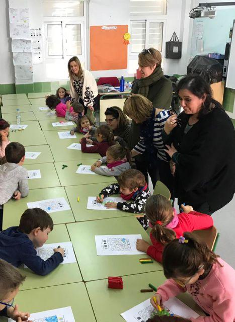 Cerca de 40 menores disfrutan de la Escuela de Navidad en el colegio 'Joaquín Cantero' - 1, Foto 1