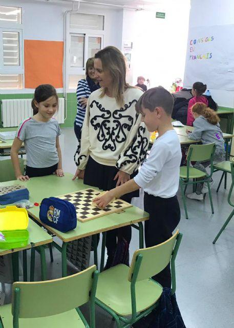Cerca de 40 menores disfrutan de la Escuela de Navidad en el colegio 'Joaquín Cantero' - 3, Foto 3
