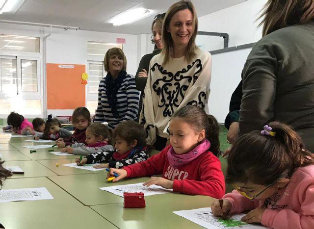 Cerca de 40 menores disfrutan de la Escuela de Navidad en el colegio 'Joaquín Cantero' - 4, Foto 4