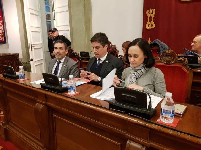 MC: Tras pedir 10 millones de euros en préstamos, `La Trinca´ impone una subida de impuestos - 4, Foto 4