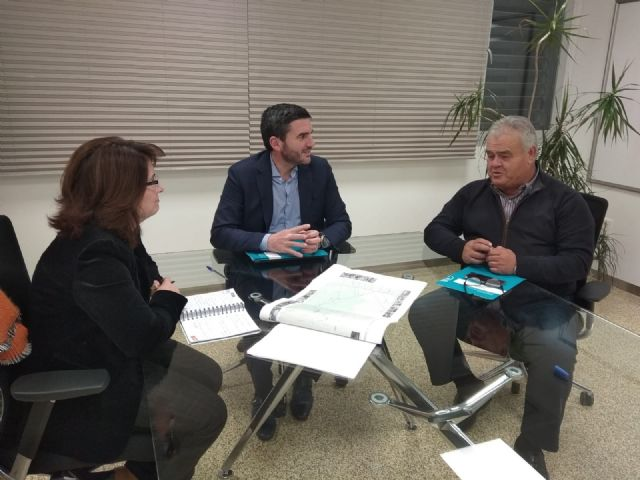 Juan Pagán has held a meeting with Antonio Luengo, Minister of Water, Agriculture, Livestock, Fisheries and Environment, to discuss important issues for Totana, Foto 4