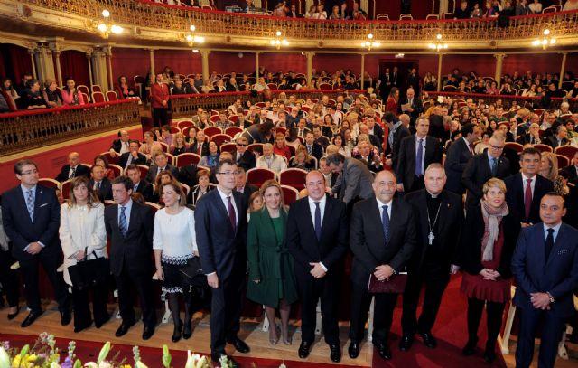 El presidente de la Comunidad asiste al pregón de la Semana Santa de Murcia 2016 - 1, Foto 1