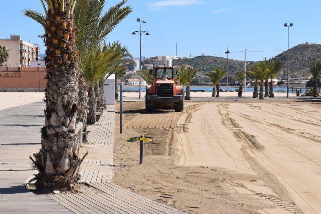 Comienzan los trabajos de recuperación de las playas afectadas por el temporal de diciembre, Foto 2