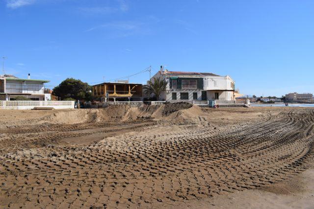 Comienzan los trabajos de recuperación de las playas afectadas por el temporal de diciembre, Foto 3