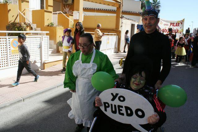 Más de doscientas personas participan en el I Desfile de Carnaval Adaptado organizado por los Centros de Día de Discapacidad de Totana