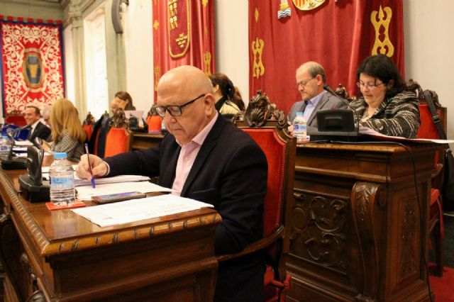 El Gobierno evaluará, gracias a Cs, el proyecto apoyado por ocho clubs deportivos para la reforma de la Pista de Atletismo - 2, Foto 2