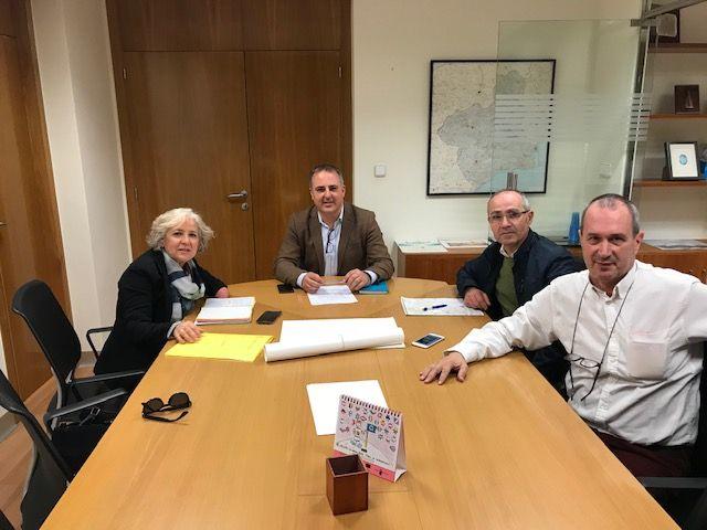 Reunión de trabajo entre el Ayuntamiento, comerciantes y la Dirección General de Comercio - 1, Foto 1