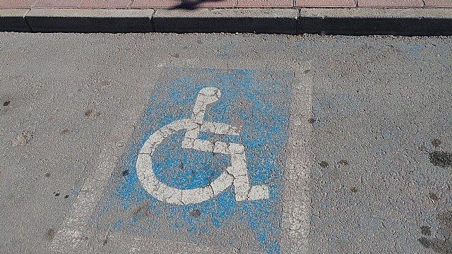 La Policía Local mantiene la campaña de control y vigilancia de los estacionamientos indebidos, Foto 2