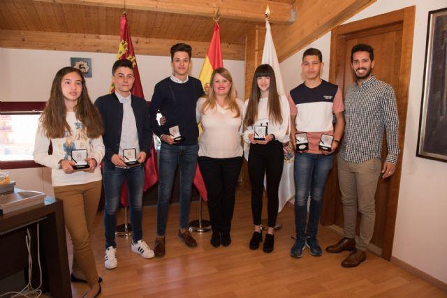 El ayuntamiento reconoce a deportistas locales por sus recientes éxitos, Foto 1