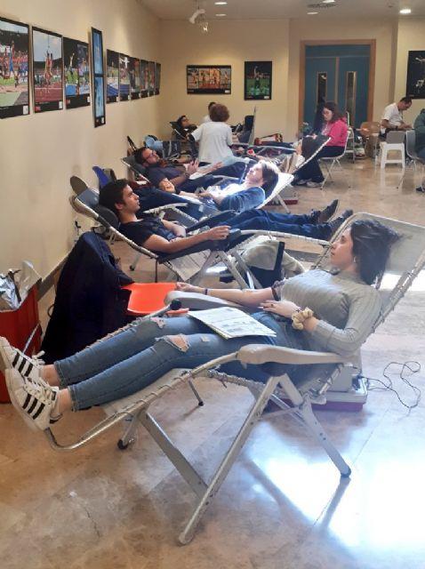 La Universidad de Murcia cierra la campaña de donación de sangre con más de 300 donantes atendidos en una mañana - 1, Foto 1