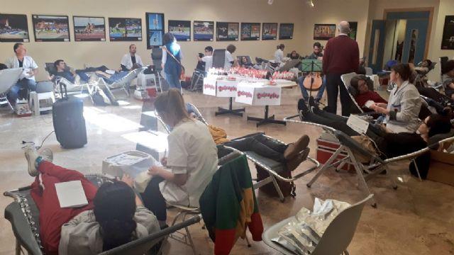 La Universidad de Murcia cierra la campaña de donación de sangre con más de 300 donantes atendidos en una mañana - 2, Foto 2