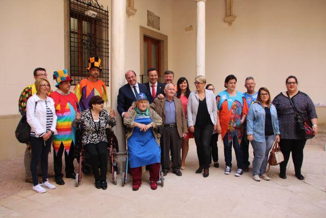 Inaugurada la exposición sobre Los Mayos en el Palacio de San Esteban, Foto 3
