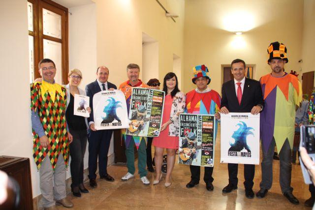 Inaugurada la exposición sobre Los Mayos en el Palacio de San Esteban, Foto 4