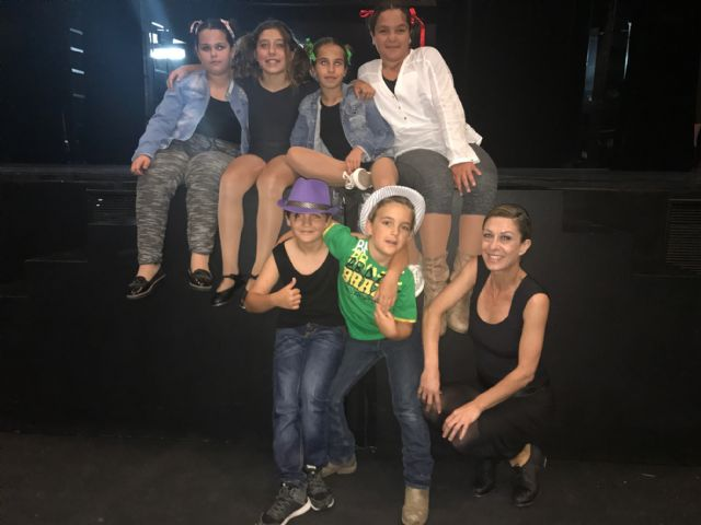 La Escuela Municipal de Danza de Torre-Pacheco celebra el Día Mundial de la Danza con una demostración de claqué - 2, Foto 2