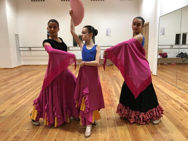 La Escuela Municipal de Danza de Torre-Pacheco celebra el Día Mundial de la Danza con una demostración de claqué - 3, Foto 3