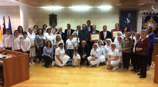 El Ayuntamiento realiza un reconocimiento institucional a la Hospitalidad de Lourdes y su delegación en Totana con motivo de su 50 aniversario, y coincidiendo con el Año Jubilar Hospitalario (1969-2018)