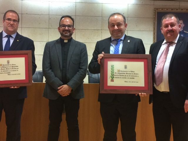 El Ayuntamiento realiza un reconocimiento institucional a la Hospitalidad de Lourdes y su delegaci�n en Totana con motivo de su 50 aniversario, y coincidiendo con el Año Jubilar Hospitalario (1969-2018), Foto 5