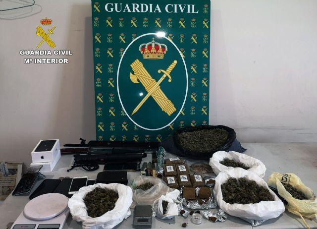 La Guardia Civil desmantela en Las Torres de Cotillas un grupo delictivo dedicado al tráfico de droga - 5, Foto 5
