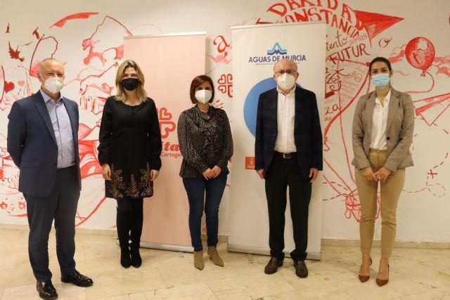 Los trabajadores de Aguas de Murcia donan a Cáritas cerca de 8.000 euros - 3, Foto 3