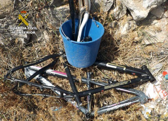 La Guardia Civil desmantela un grupo delictivo dedicado a robar en casas de campo de Cieza - 3, Foto 3