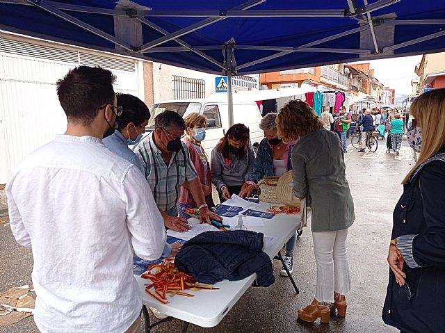 El PP recoge firmas en Alquerías en defensa del trasvase Tajo-Segura - 4, Foto 4