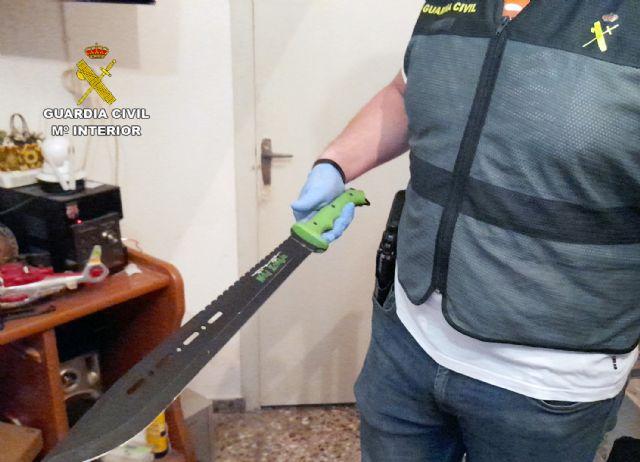 La Guardia Civil desmantela un activo punto dedicado a la venta ininterrumpida de varios tipos de sustancias estupefacientes - 1, Foto 1