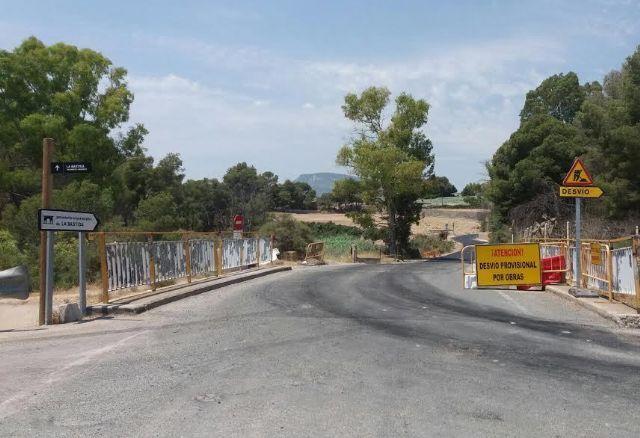 Entran en su última fase de ejecución las obras de mejora de la carretera RM-C8 que comunica Totana y el yacimiento arqueológico de La Bastida