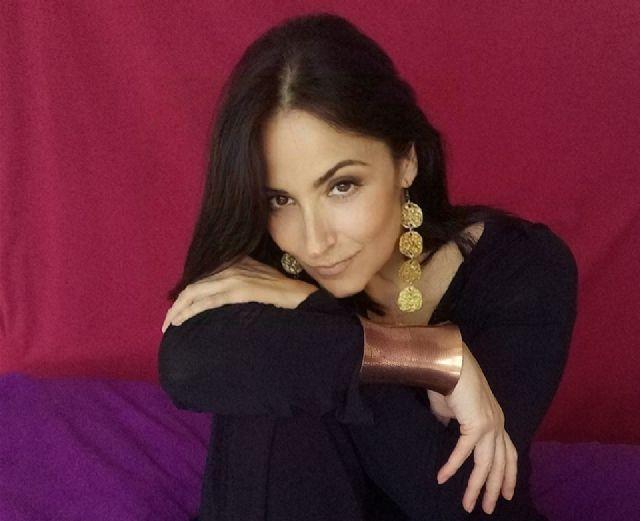 La cantante Anna Luna llevará a la plaza de España grandes clásicos de la bossa nova, la música latina y el jazz - 1, Foto 1