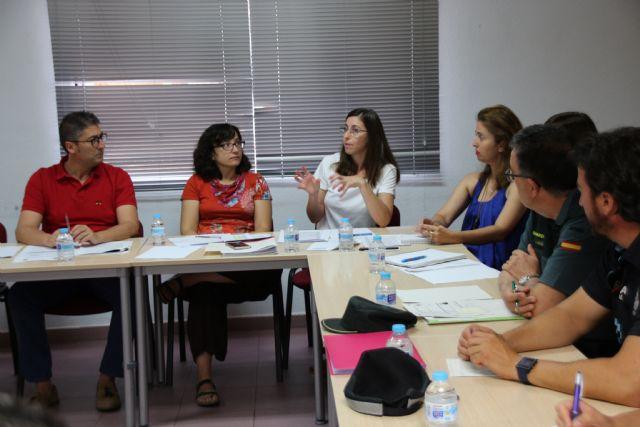 La Mesa de Coordinación Policial se reúne para analizar los datos de violencia de género en Alhama y Librilla, Foto 3