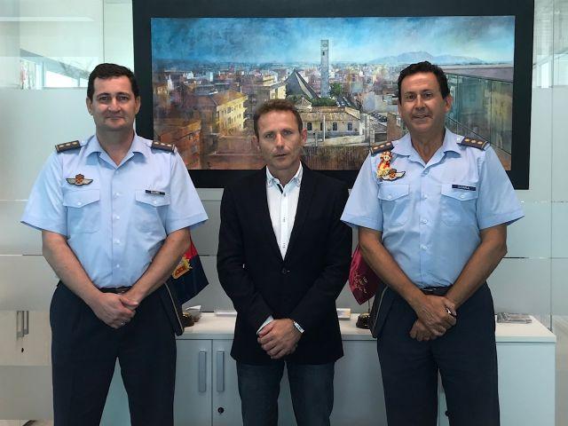 El Alcalde de Torre Pacheco, Antonio León recibe al actual Coronel Director de la AGA, Miguel Iborra - 1, Foto 1