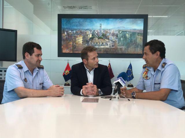 El Alcalde de Torre Pacheco, Antonio León recibe al actual Coronel Director de la AGA, Miguel Iborra - 2, Foto 2