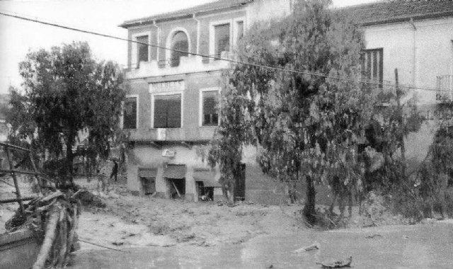 [Totana vivió angustiosos momentos provocados por las inundaciones en 1877 y en 1964