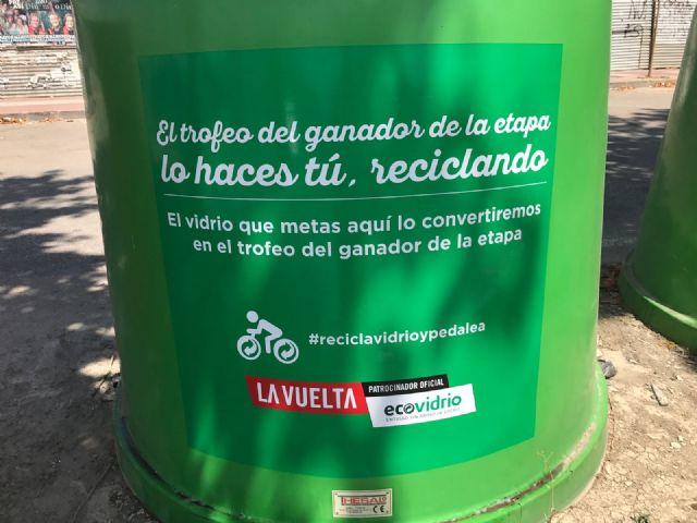 Ecovidrio y el Ayuntamiento de Alhama animan a los vecinos a participar en el trofeo reciclado para La Vuelta, Foto 2