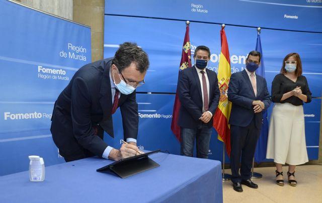 Murcia y Alcantarillan sellan con la Comunidad un acuerdo para favorecer la vivienda a familias en exclusión - 3, Foto 3