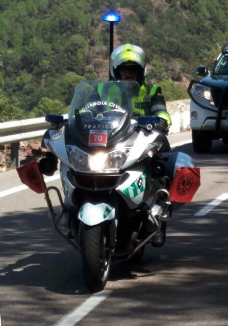 128 guardias civiles de la UMSV y un centenar de la Zona de Murcia velarán por la seguridad de La Vuelta a su paso por la Región