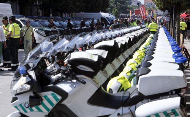 128 guardias civiles de la UMSV y un centenar de la Zona de Murcia velarán por la seguridad de La Vuelta a su paso por la Región, Foto 4