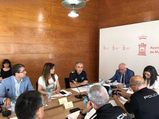 La totalidad de la plantilla de la Policía Local velará por la seguridad de los murcianos y turistas durante la Feria de Septiembre - 1, Foto 1