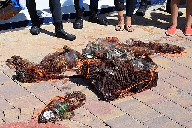 Una veintena de voluntarios participan en Mazarrón en la VI limpieza internacional de fondos marinos - 3, Foto 3
