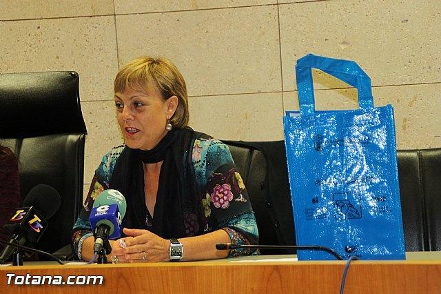 Se inicia la campaña de concienciaci�n para fomentar el reciclaje selectivo de residuos Separemos bien, reciclaremos mejor, Foto 3