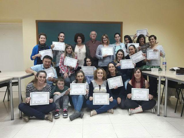 Finaliza uno de los cursos de lengua se signos en Moratalla - 1, Foto 1