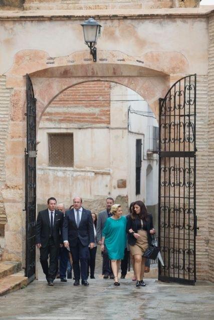 Pedro Antonio Sánchez anuncia el desbloqueo de 166.000 euros para el Castillo de Mula - 2, Foto 2